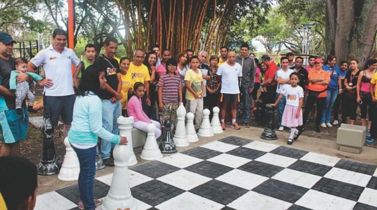 """""""La educación, la cultura y el deporte, Oasis  para la sociedad Colombiana"""""""